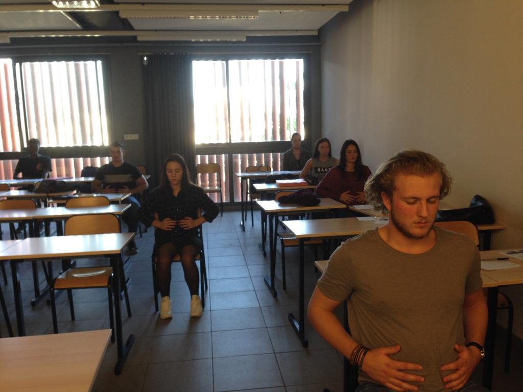 Atelier-Sophrologie-etudiants-2